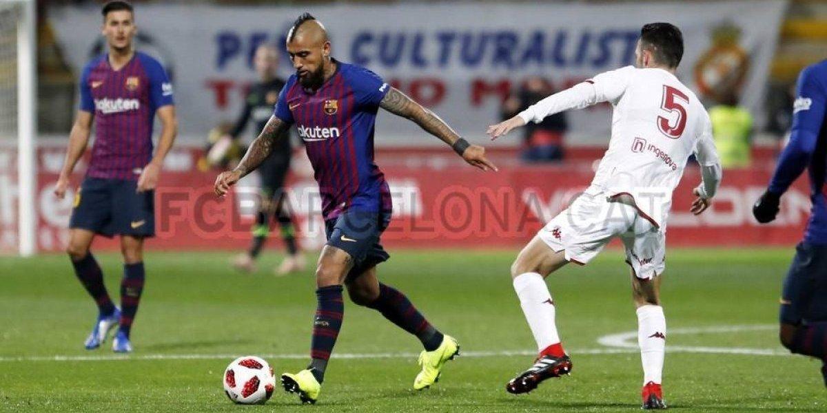 Medios españoles aprueban partido de Vidal en un Barcelona lleno de suplentes y le destacaron un lapsus
