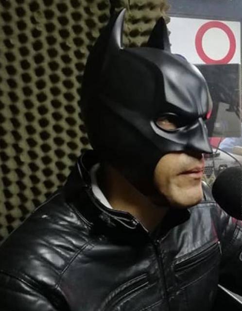 """El """"Batman colombiano"""" que se dedica a recuperar motocicletas robadas"""