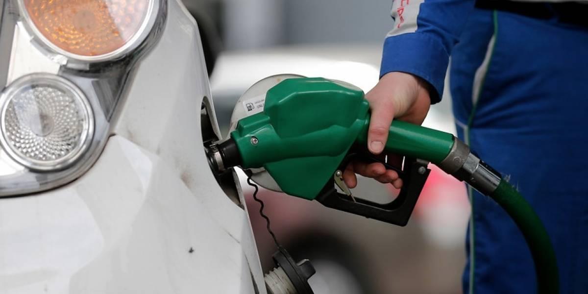 Enap informa que bencinas bajan de precio en $5,8 desde mañana