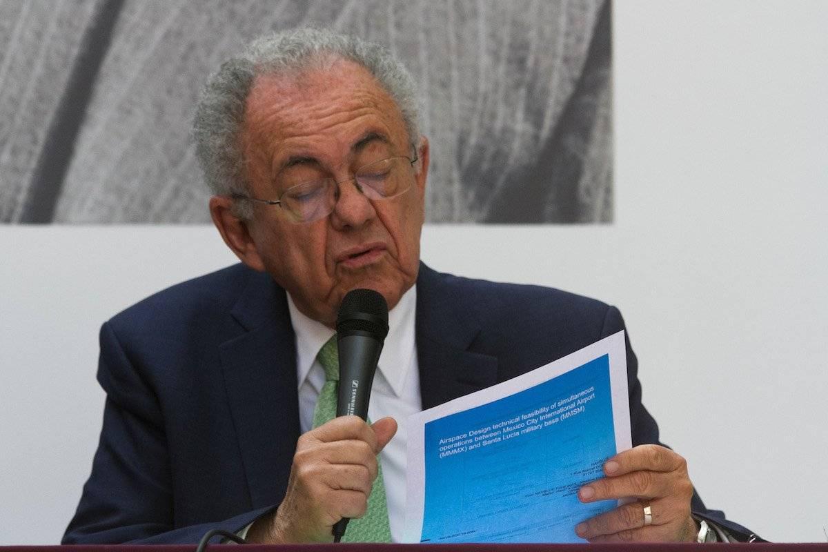 Javier Jiménez Espriú aseguró que el proyecto de Santa Lucía estará en 36 meses Foto: Cuartoscuro
