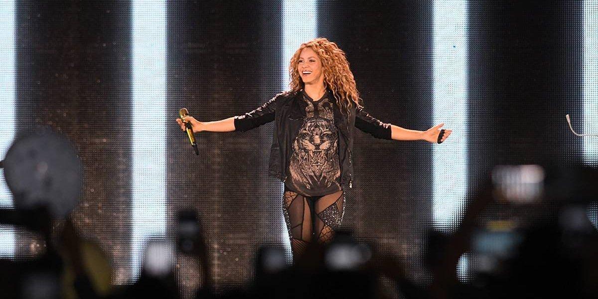 Shakira desató la locura en el Estadio Nacional tras siete años de ausencia en el país