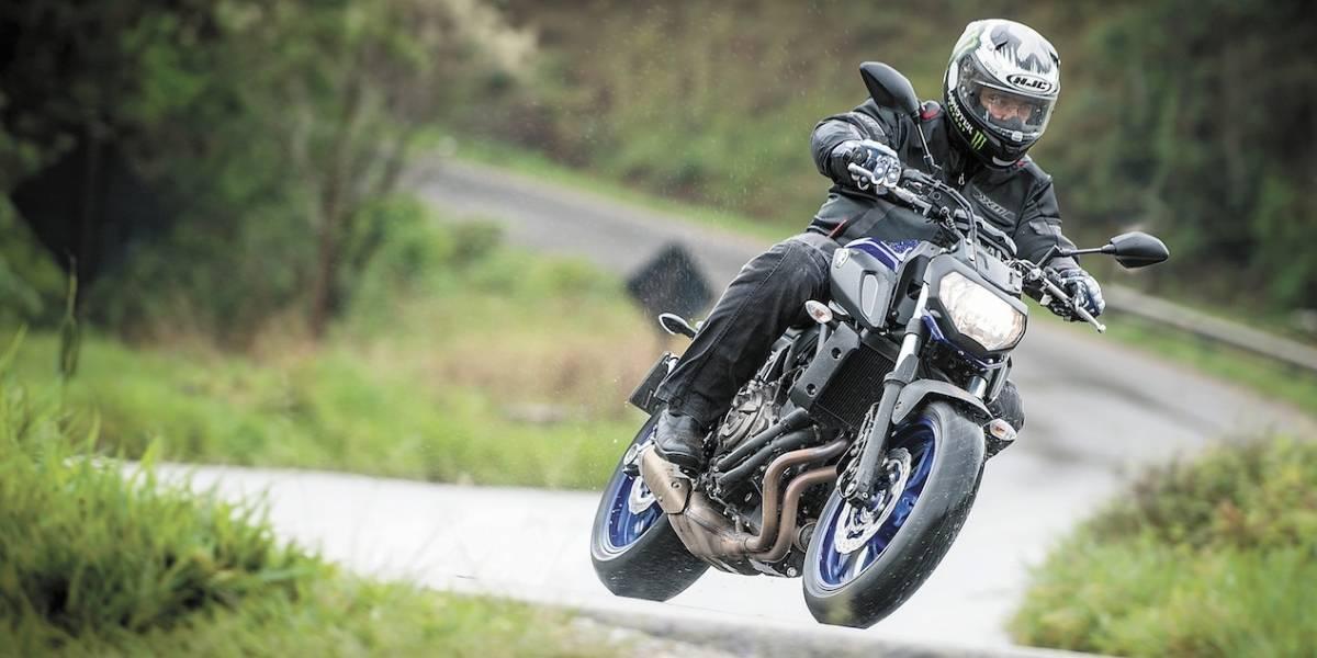 Linha 2019 da Yamaha MT-07 ganha ajustes no visual, no banco e nas suspensões