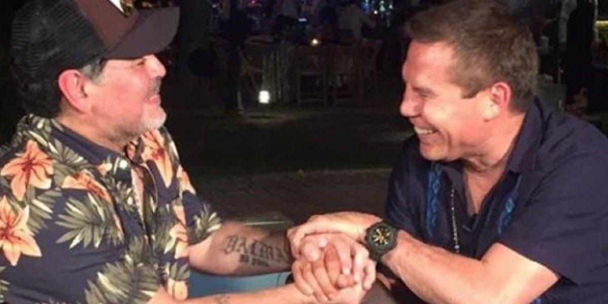 Julio César Chávez felicita a Maradona por su cumpleaños