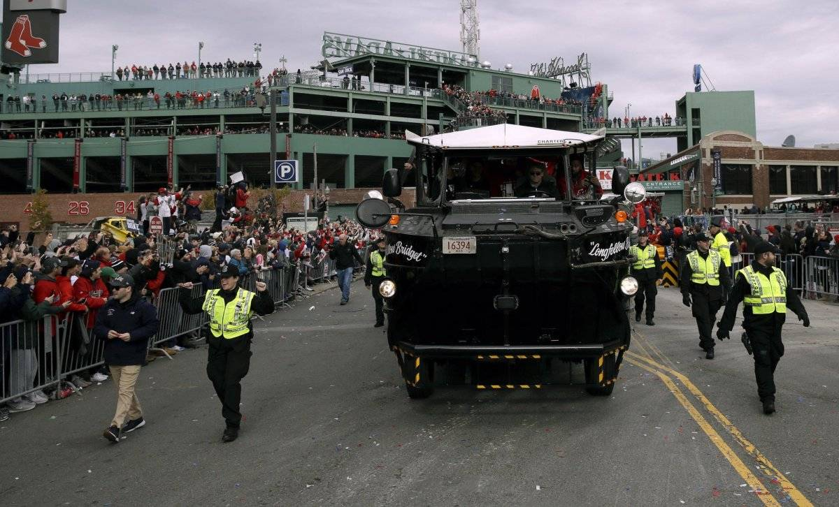 Red Sox Parade (AP)
