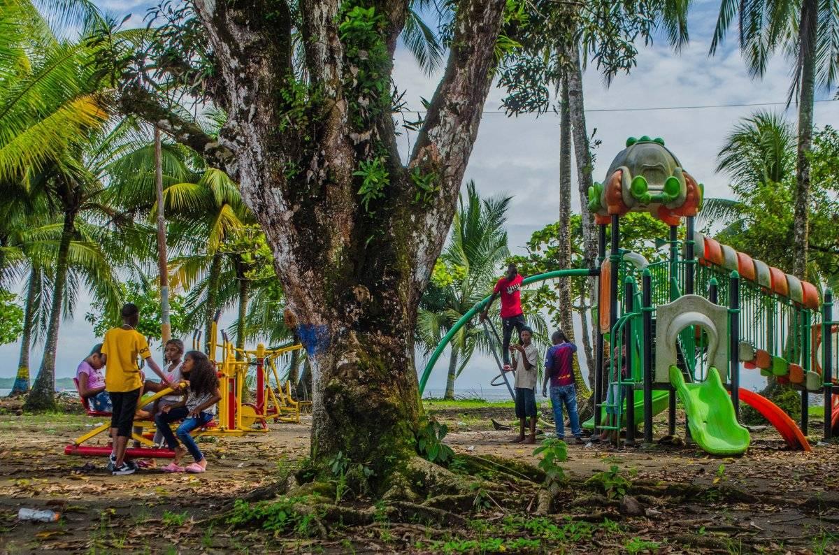La Bocana queda a 15 minutos del puerto de Buenaventura. Tiene mar y bosque húmedo tropical. Foto: Papagayo Trip