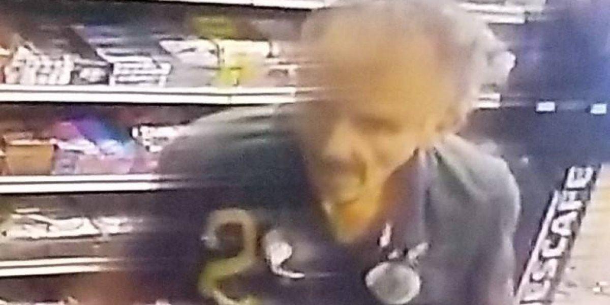 Buscan hombre por robo en gasolinera de Bayamón