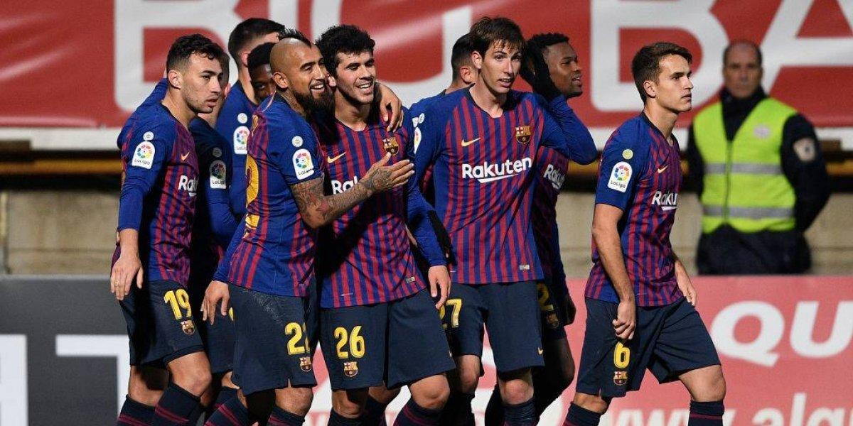 20 diseños en uno: La extrañísima camiseta conmemorativa que lanzó Barcelona y que ningún futbolista usará