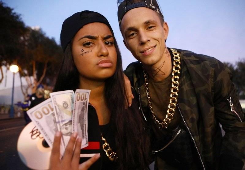 Jóvenes y ricos raperos