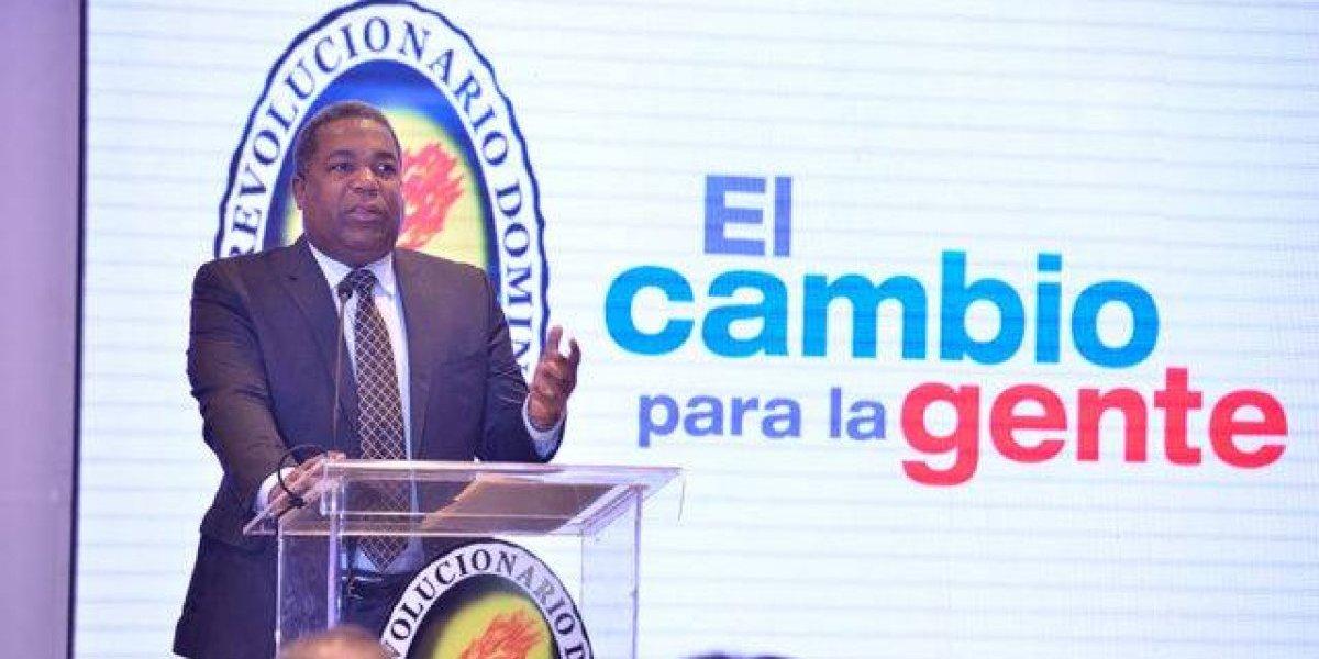 Tony Peña Guaba entra al ruedo presidencial por el PRD