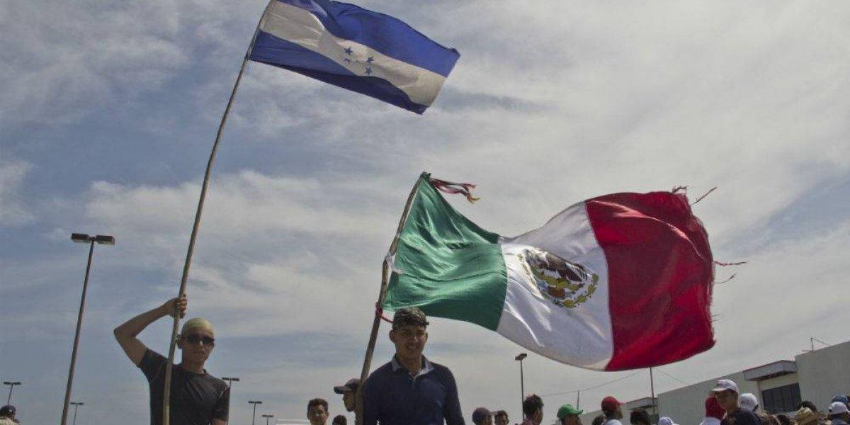 Casi 3 mil migrantes piden refugio al gobierno mexicano