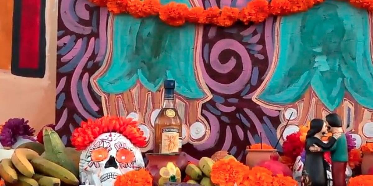UNAM Los Ángeles presenta altar a diosa mexicana en Cementerio Hollywood