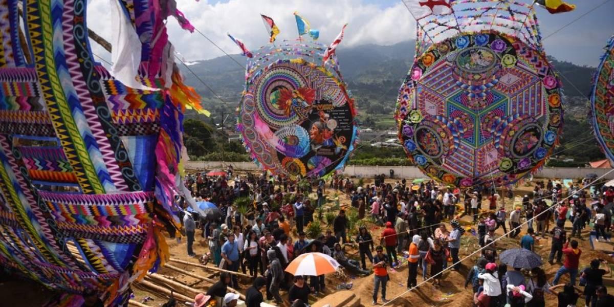 Inguat aporta Q35 mil para el Festival de Barriletes Gigantes de Santiago Sacatepéquez