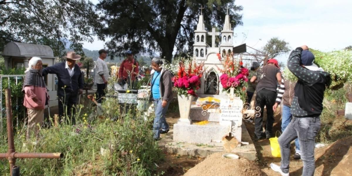 FOTOS: Panteones, la cita de los mexicanos en cada Día de Muertos