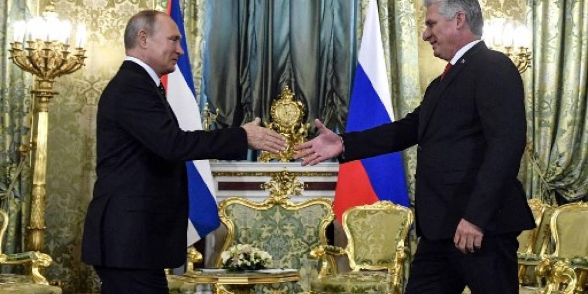 Putin se reúne con Díaz-Canel, presidente de Cuba, en su primera visita en Moscú