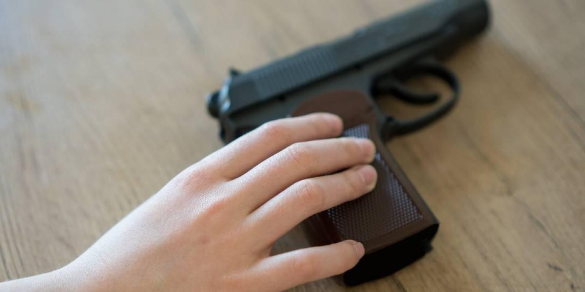 Estudos mostram que há mais mortes de crianças por arma de fogo nos EUA em Estados com legislação flexível