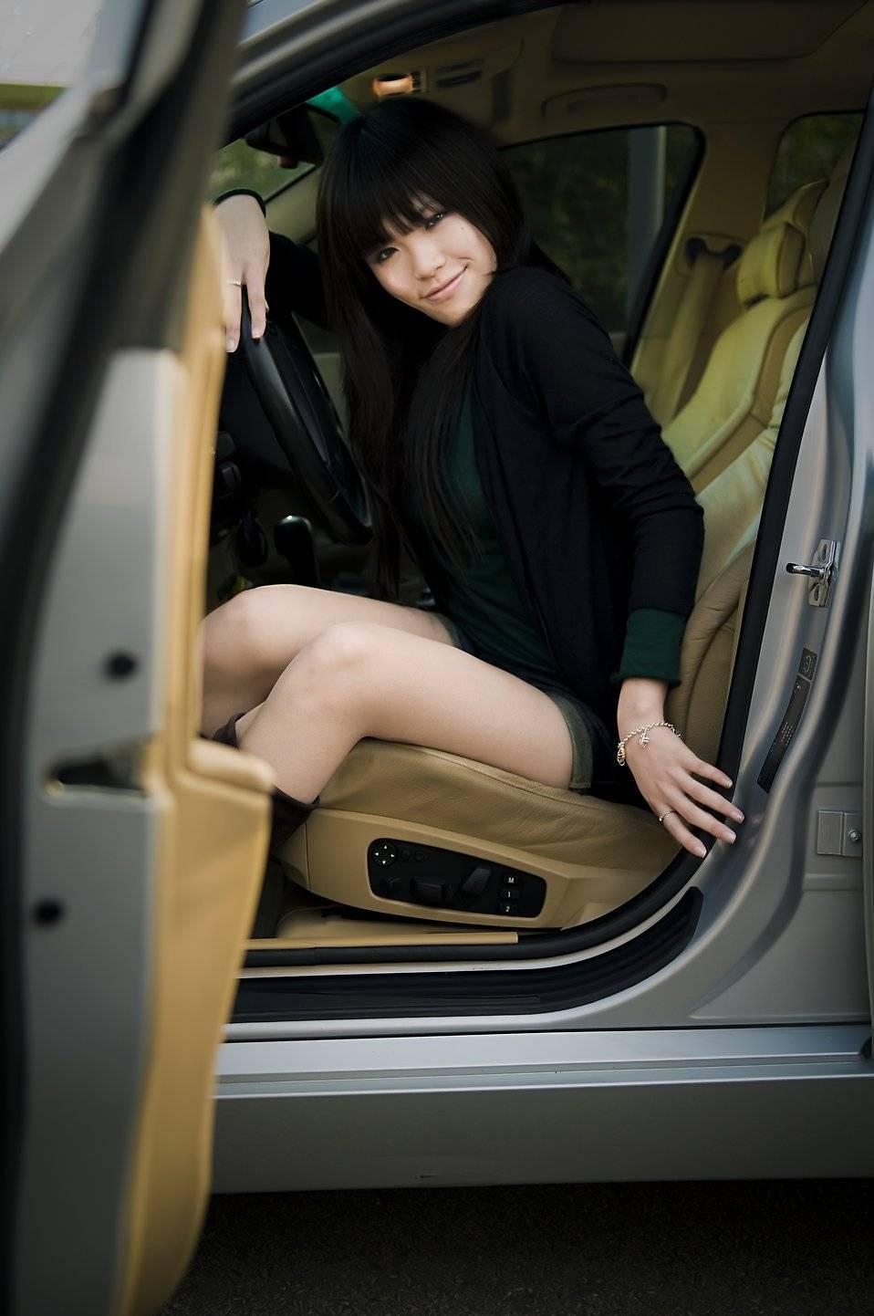 La posición para subir y bajar del auto