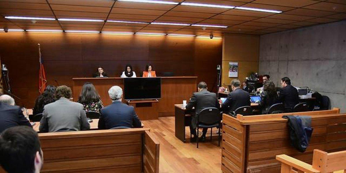 """""""Buenos días su majestad"""": Mechero de Valparaíso se """"hace el chistoso"""" con jueza con la que arriesga 400 días de cárcel"""