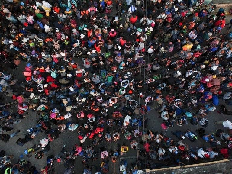 caravana de migrantes salvadoreños llega a frontera Tecun Umán