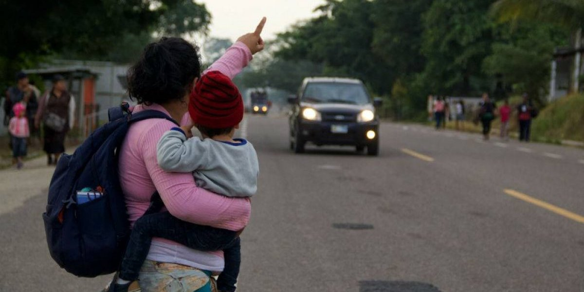 Yunes se echa para atrás y pide a migrantes permanecer en Veracruz