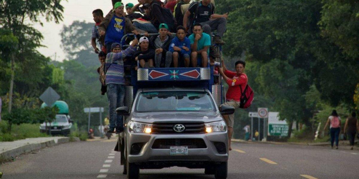 Llegan primeros integrantes de la caravana migrante a la CDMX