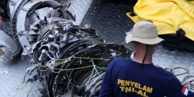 Los restos del avión siniestrado de Indonesia
