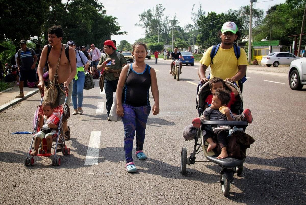Cientos comenzaron su andar la madrugada de este sábado Foto: Cuartoscuro