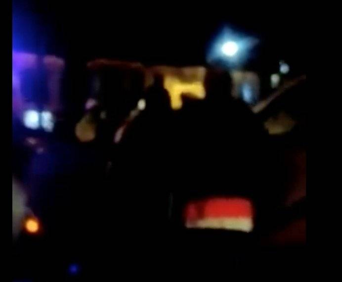 Camioneta de revocado alcalde de Loja es llevada en grúa