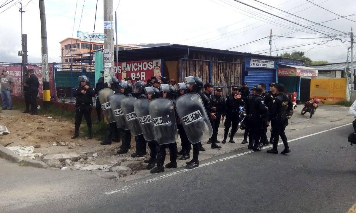 Vapuleados en Mixco. Foto: Emixtra