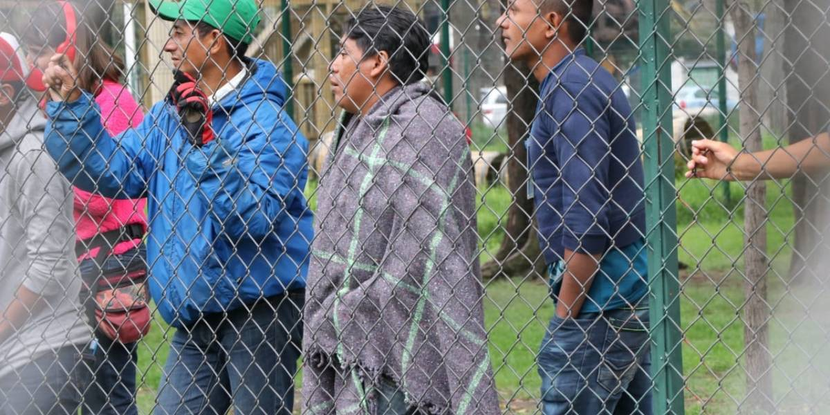 CNDH pide a autoridades seguridad y trato humanitario a caravana de migrantes