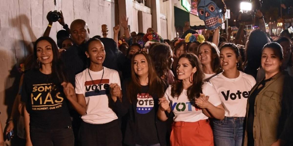 Actrices latinas animan el voto demócrata en el corazón de Miami