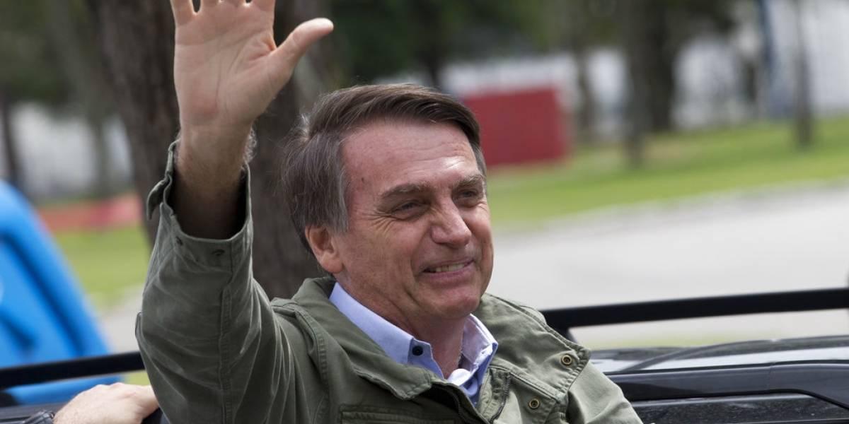 """En culto evangélico, Bolsonaro dice que quiere ser un """"pacificador"""""""