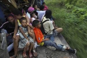caravanamigrantemexico2-d79bc6f537d4a8a22014d50749e8da52.jpg