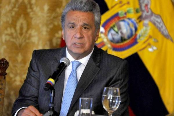 Lenín Moreno justifica las medidas económicas que incluye alza de precio de gasolinas