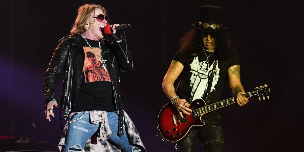 Miembros de Guns N' Roses ven 'Bohemian Rhapsody' en cine de México