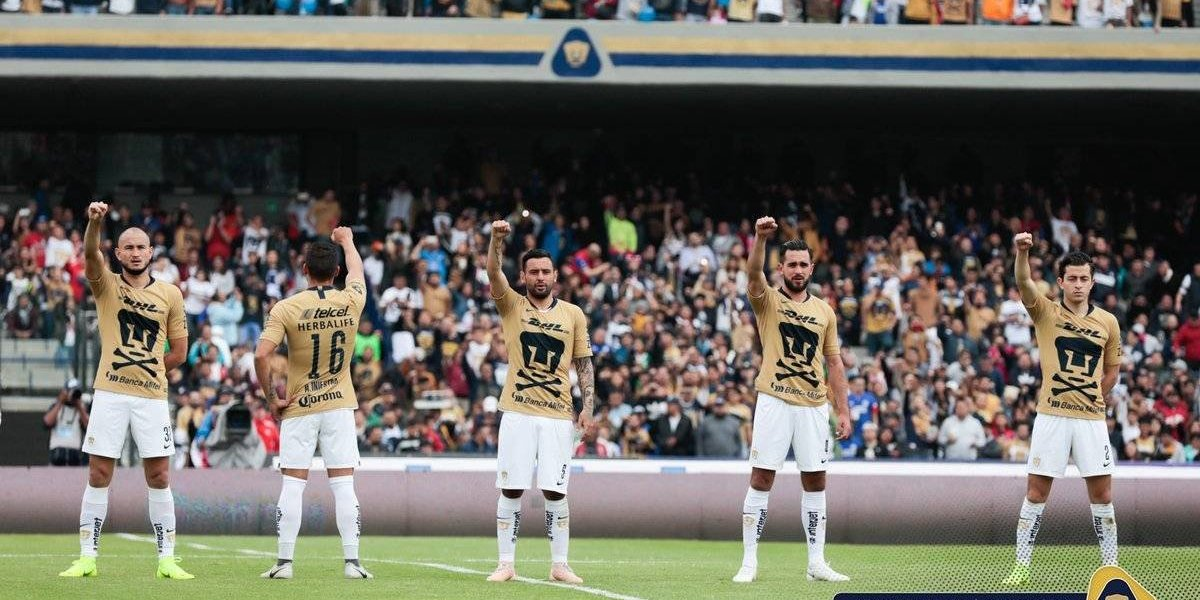 Pumas lució playera conmemorativa del Día de Muertos previo al duelo ante Cruz Azul