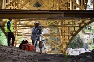 Trabajos de remozamiento en el puente Belice