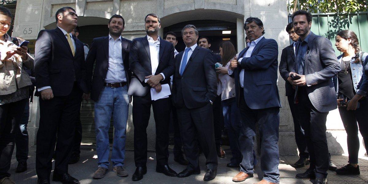 """Chile Vamos se reunió con embajador francés por extradición de Palma Salamanca: """"Está en juego respeto al país"""""""