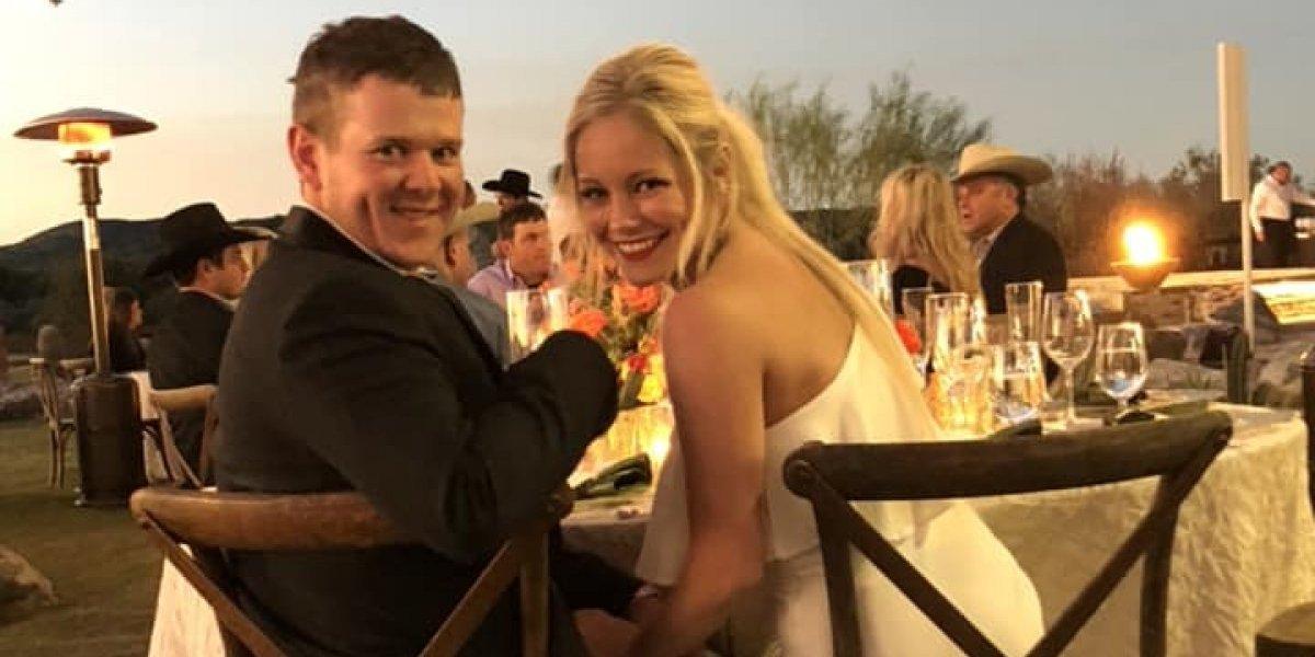 Recém-casados morrem em acidente de helicóptero horas após a cerimônia