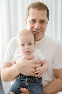 Um clique feito no feriado por Camilla Baptistin do papai, o dentista André Luiz de Abreu, com o xodó da casa, Felipe, de 3 meses