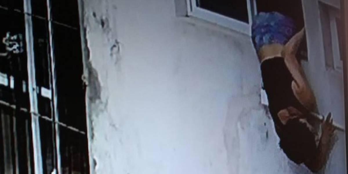 Pareja se aburre de los robos en su casa, instalan cámaras y quedan sorprendidos tras descubrir la verdadera identidad de la ladrona