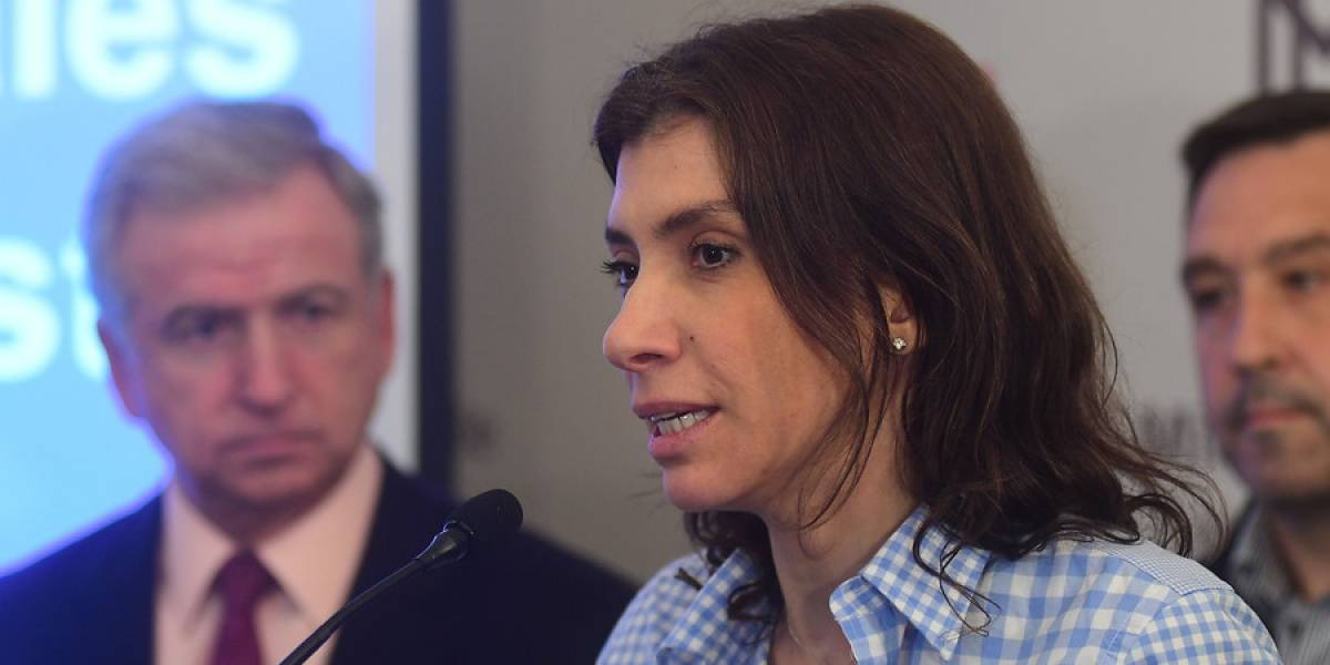 Alejandra Mustakis es reelegida como presidenta de Asech