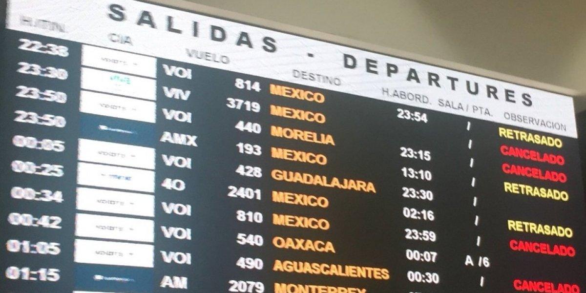 Neblina obliga cancelación de vuelos en aeropuerto de Tijuana
