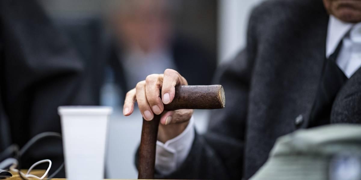 Guardia nazi de 94 años será juzgado en tribunal para menores