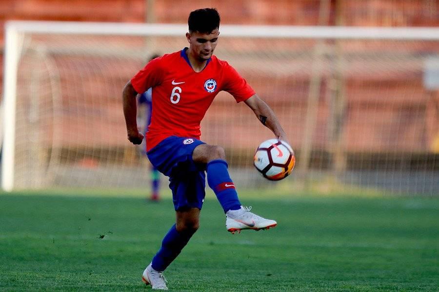 Su buen nivel en la UC proyecta a Ignacio Saavedra como una de las figuras de la Roja Sub 20 para el Sudamericano 2019 / Foto: Agencia UNO