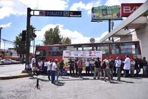 bloqueo de estudiantes de la Usac para exigir presupuesto