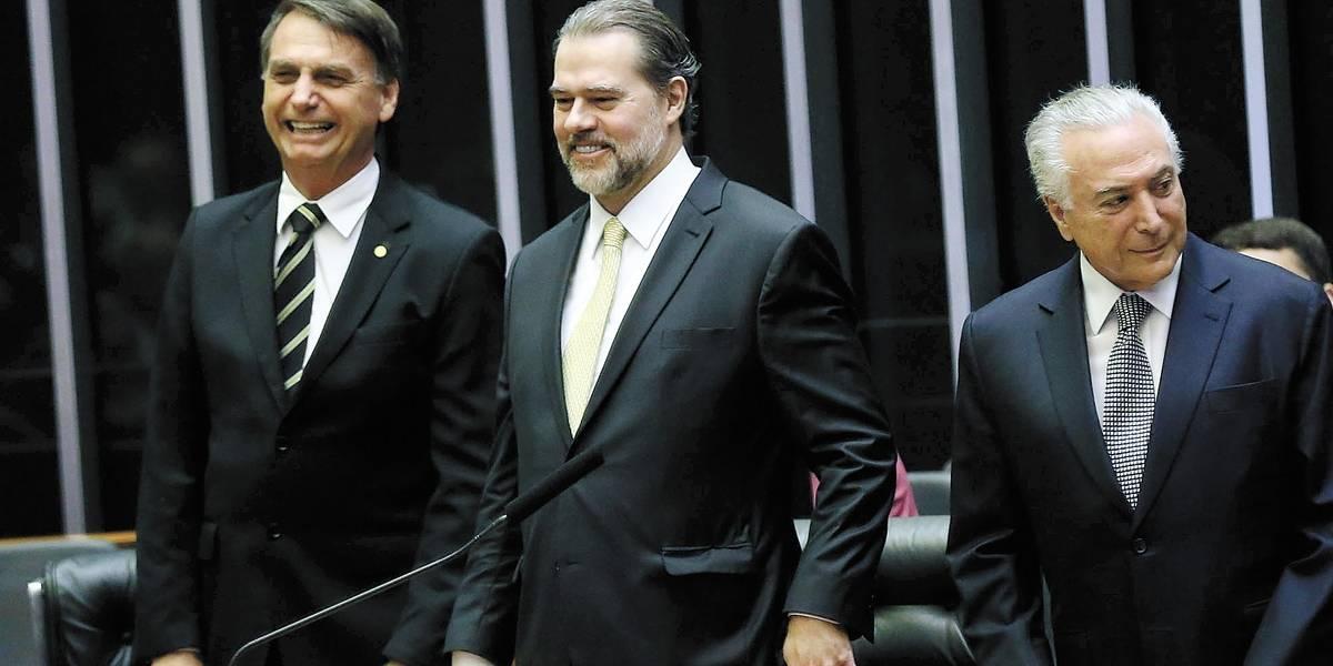 Bolsonaro e Temer devem discutir Previdência nesta quarta-feira