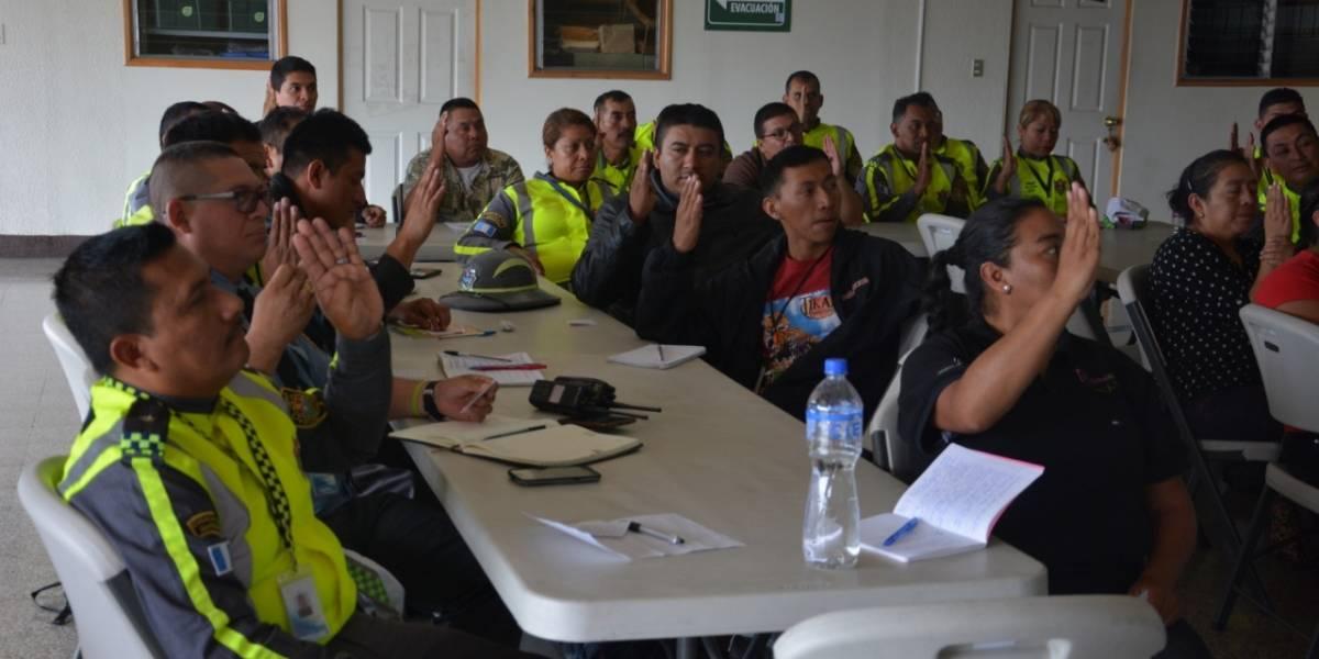 EN IMÁGENES. Agentes de la PMT aprenden lenguaje de señas
