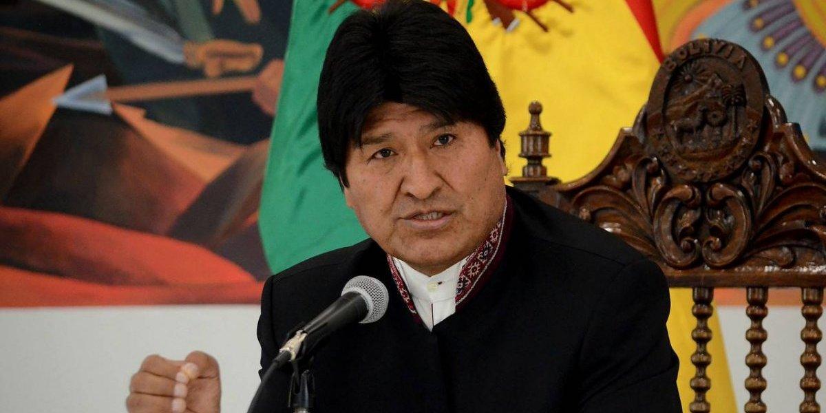 """Evo Morales condena """"intento de golpe de Estado"""" en Venezuela y acusa a Estados Unidos de buscar provocar """"violencia y muerte"""""""