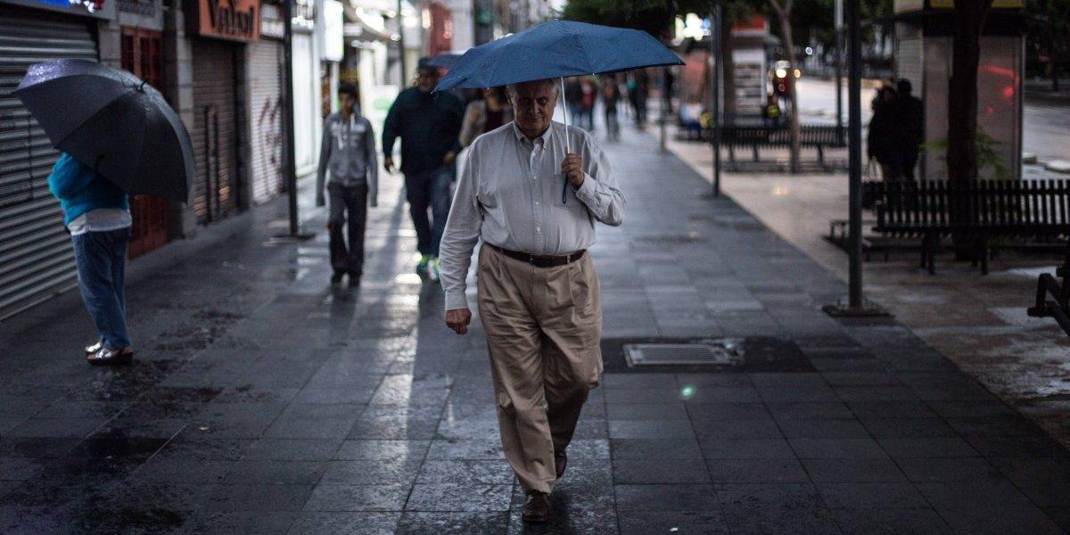 Xavier se degrada; su circulación favorece el potencial de lluvias