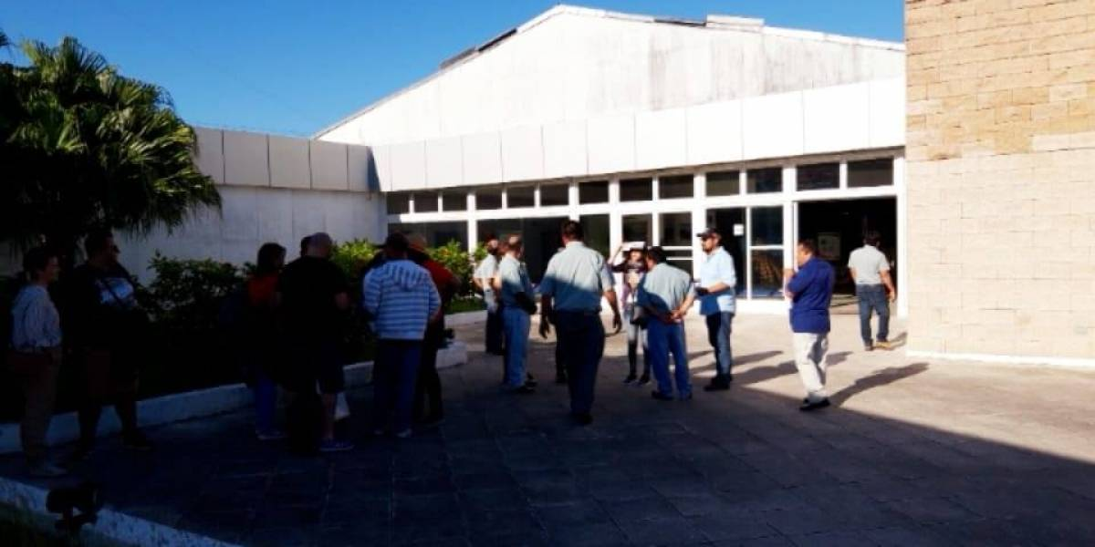 Estudiantes y trabajadores de la Usac rechazan recorte presupuestario